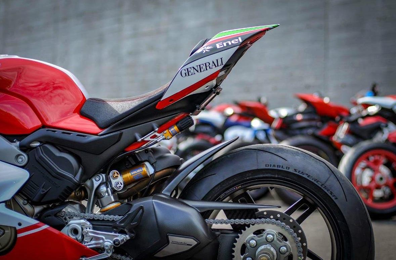 Nicky-Hayden-Ducati-Panigale-V4-tribute-04