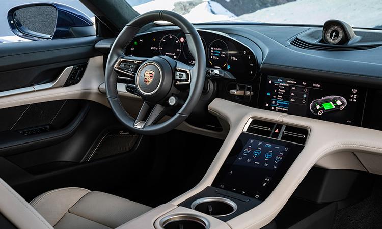 ดีไซน์ภายใน Porsche Taycan