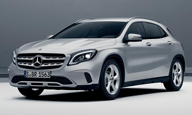 Mercedes-Benz GLA 200 สีเงิน Polar Silver