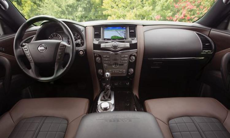 ภายใน Nissan Armada 2020