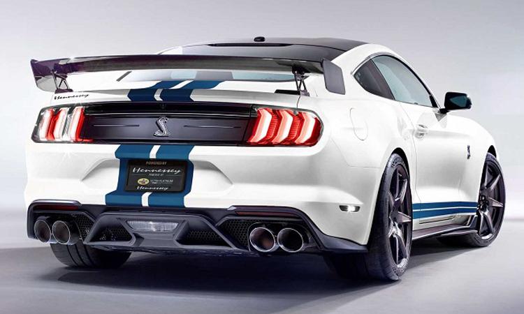 ดีไซน์ด้านหลัง Ford Mustang Shelby GT500