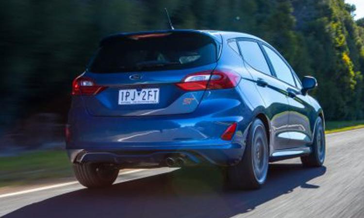 Fiesta ST ดีไซน์้านหลัง