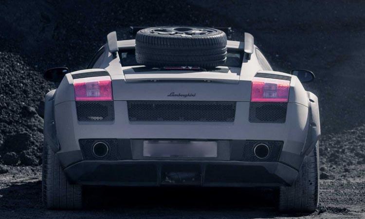 ้านหลัง Lamborghini Gallardo