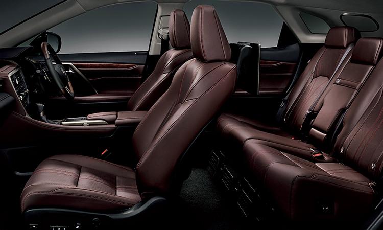 เบาะหนังสี้ำตาล ขนาดของตัวถัง Lexus RX 300 Minorchange
