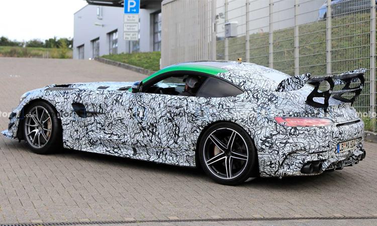 ดีไซน์ Mercedes Black Series