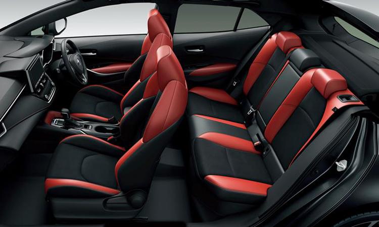 ดีไซน์ภายใน Toyota Corolla Sport Hatchback