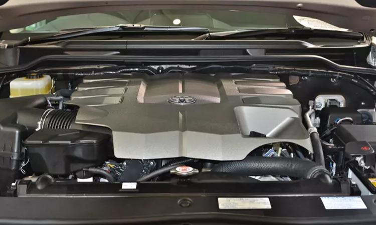 ขุมพลัง Toyota Land Cruiser VX200