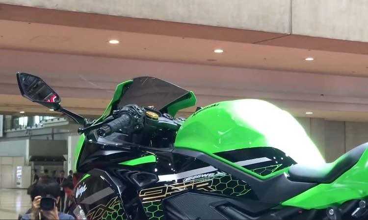 Kawasaki ZX-25R ในงาน Tokyo Motor Show 2019