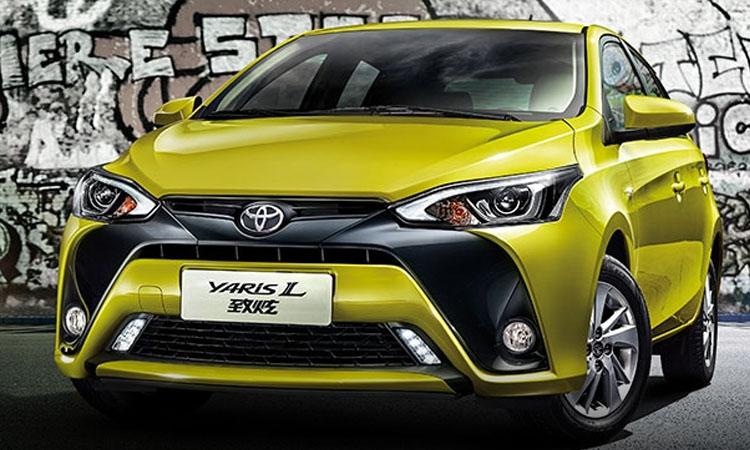Toyota Yaris L Hatchback เครื่องยนต์เบนซิน 1.5 มีซันรูฟ ที่ประเทศจีน