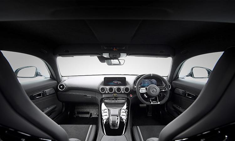 ภายใน Mercedes-AMG GT R