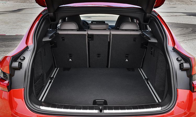 ที่เก็บของด้านหลัง BMW X4 M
