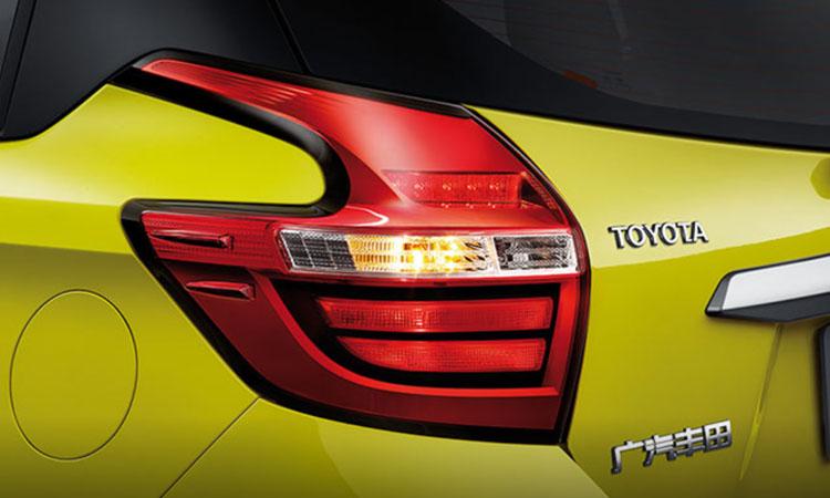 ไฟท้าย Toyota Yaris L Hatchback