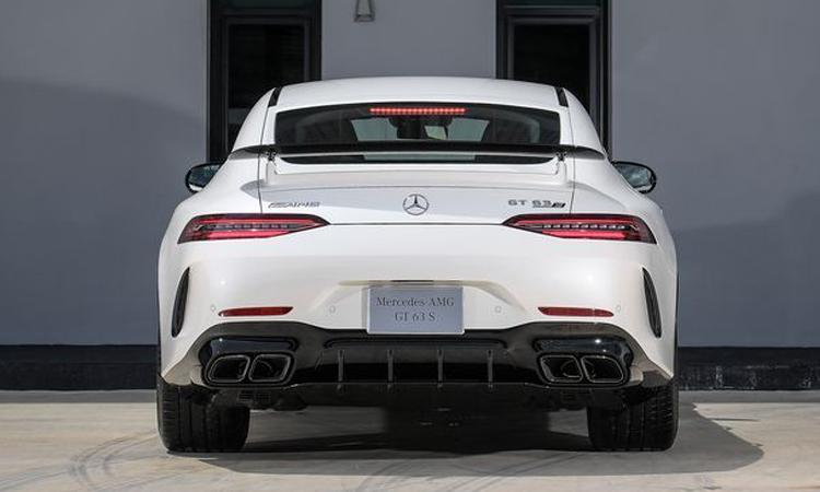 ดีไซน์ด้านหลัง Mercedes-AMG GT 63 S 4MATIC+ 4-Door Coupé