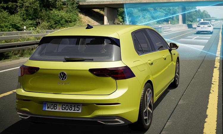 ด้านหลัง Volkswagen Golf