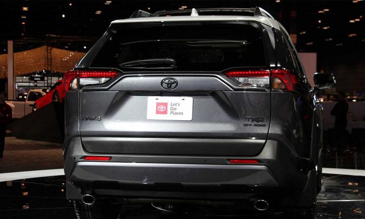 ดีไซน์ด้านหลัง Toyota RAV4 TRD Off-Road 2020