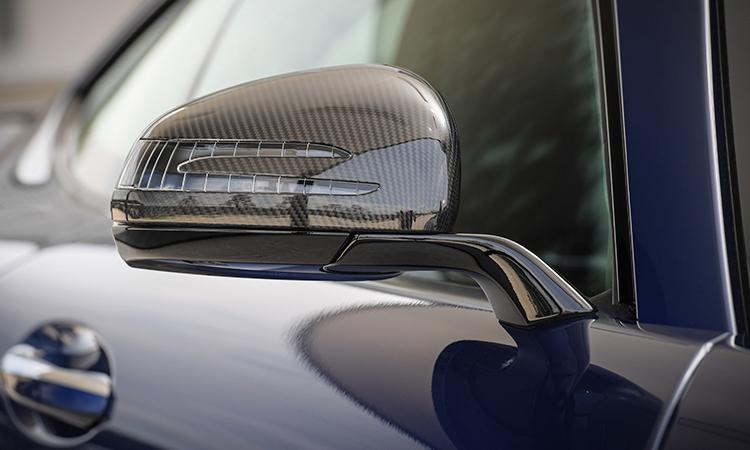 กระจกมองข้างติดไฟเลี้ยว Mercedes-AMG GT R