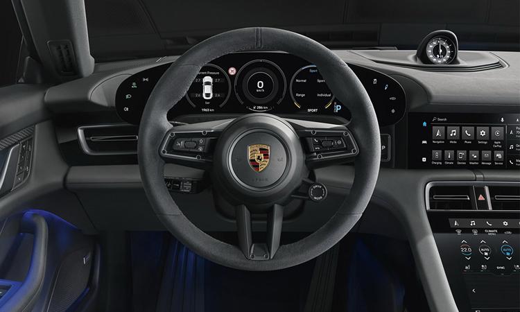 ภายใน Porsche Taycan 4S