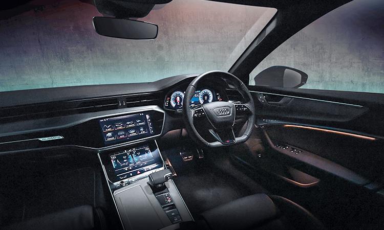 ดีไซน์ภายใน ราคาอย่างเป็นทางการ Audi A6 Avant 45 TFSI quattro S-Line Black Edition
