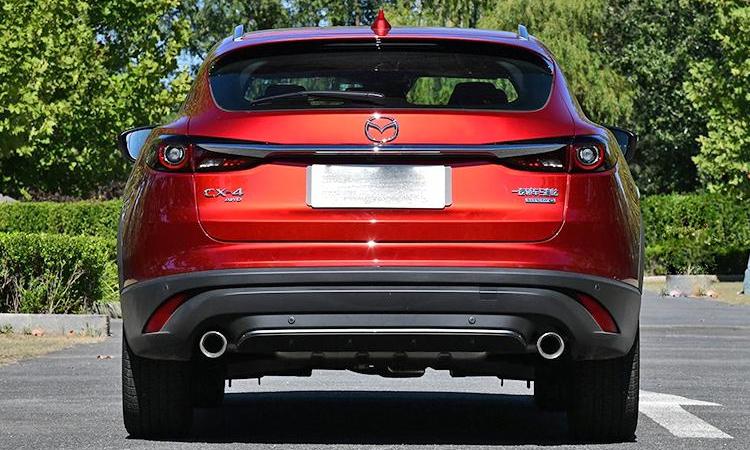 ดีไซน์หลัง Mazda CX-4 Minorchange