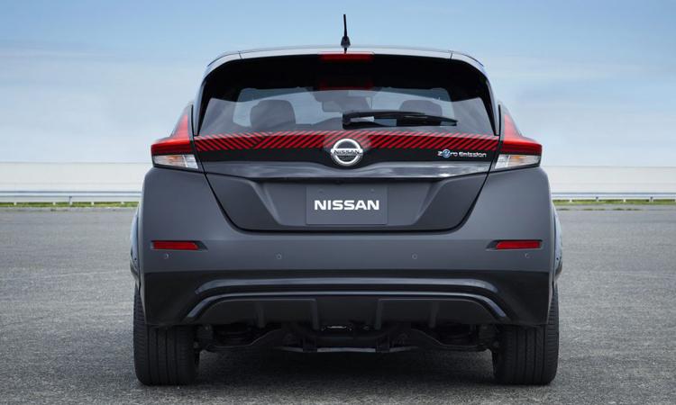 ด้านหลัง Nissan Leaf e+