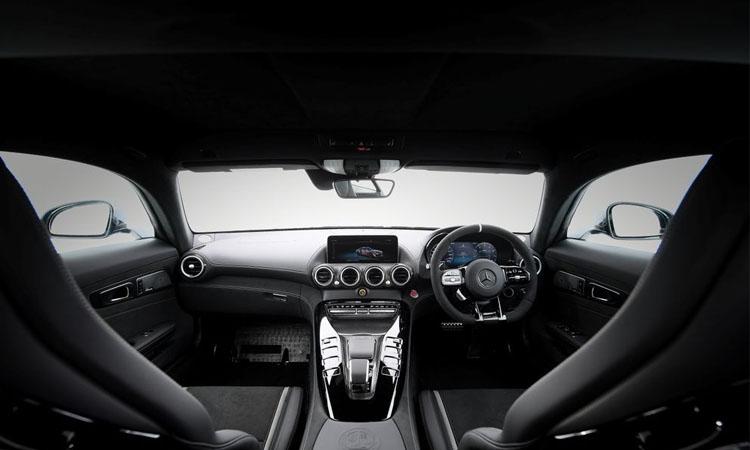 ดีไซน์ภายใน Mercedes-AMG GT R