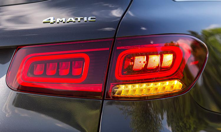 โคมไฟท้าย Mercedes-Benz GLC 220d (Facelift)