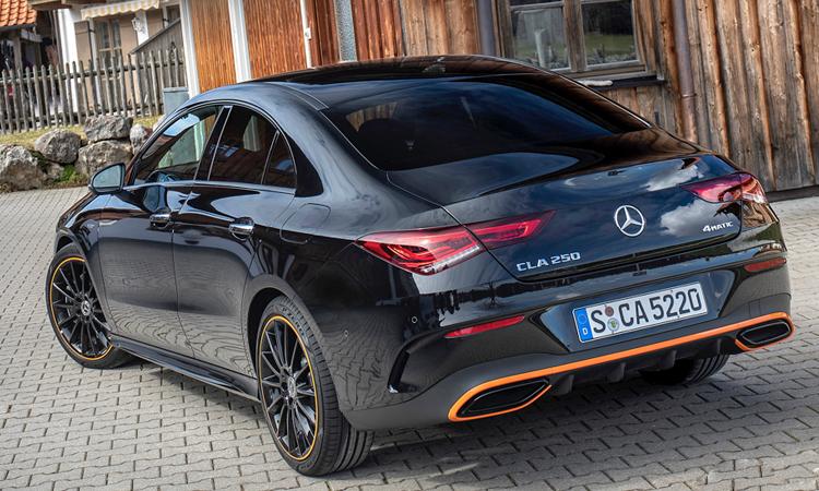 หลัง Mercedes-Benz CLA และ AMG CLA 35