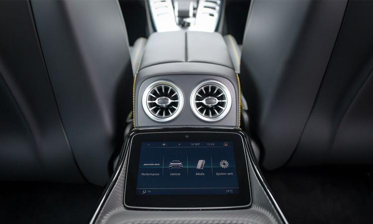 ช่องแอร์ผู้โดยสารหลัง Mercedes-AMG GT 63 S 4MATIC+ 4-Door Coupé