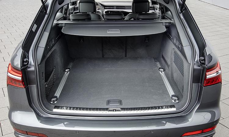 ที่เก็บสำภาระด้านหลัง ราคาอย่างเป็นทางการ Audi A6 Avant 45 TFSI quattro S-Line Black Edition