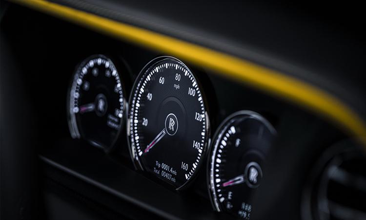 Rolls-Royce-Cullinan-Black-Badge-2020