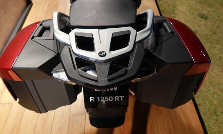 ท้าย BMW R 1250 RT สปอร์ตทัวเรอร์