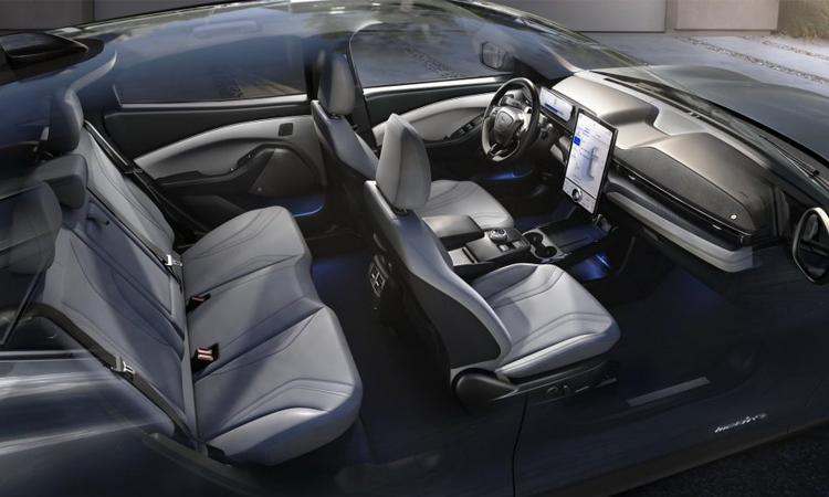 แถวเบาะ Ford Mustang Mach-E