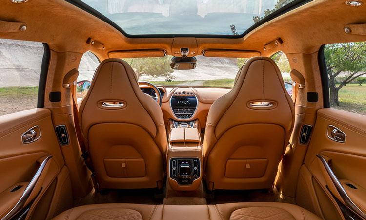 หลังคาซันลูป Aston Martin DBX 2021