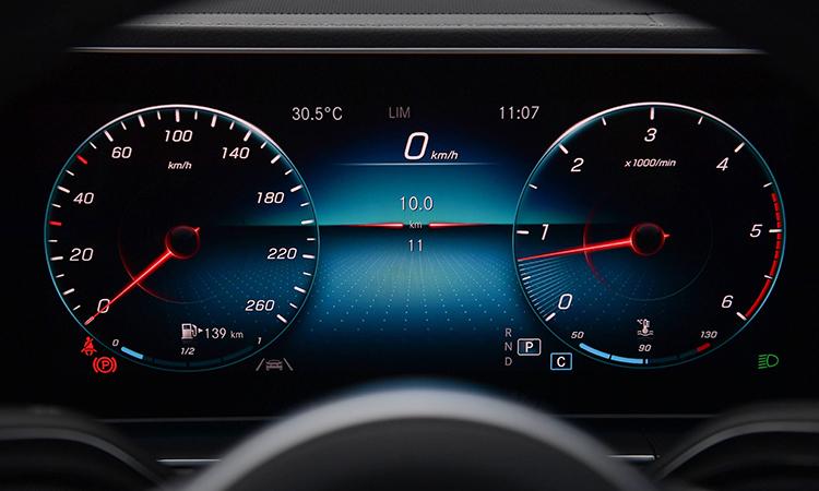 เรือนไมล์ Mercedes-Benz GLS 350d 4MATIC