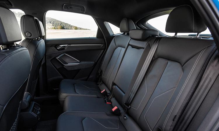 เบาะหลัง All NEW Audi Q3 Sportback