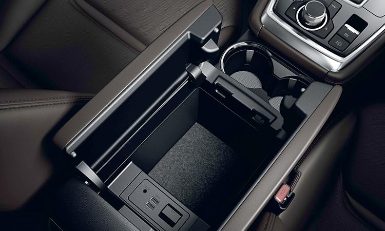 ช่องเก็บของ All NEW Mazda CX-8