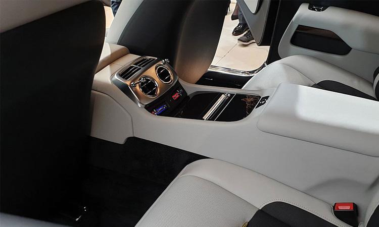 แอร์เบาะหลัง Rolls-Royce Wraith Eagle VIII 2019