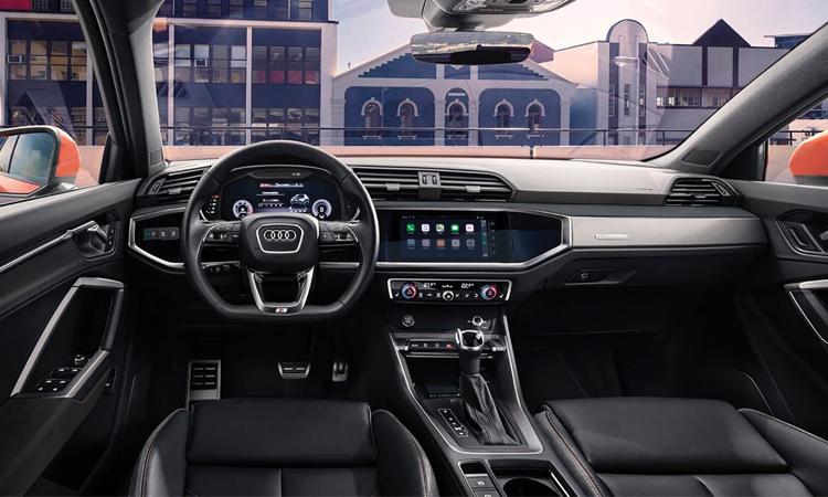 ภายใน Audi Q3 Sportback