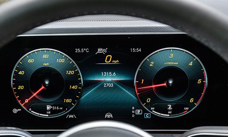 หน้าปัด Mercedes-Benz GLE 300d 4MATIC