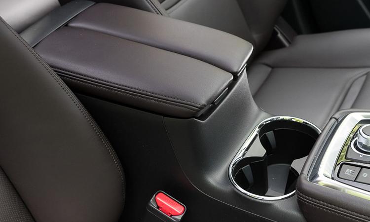 ที่วางแขน Mazda CX-8