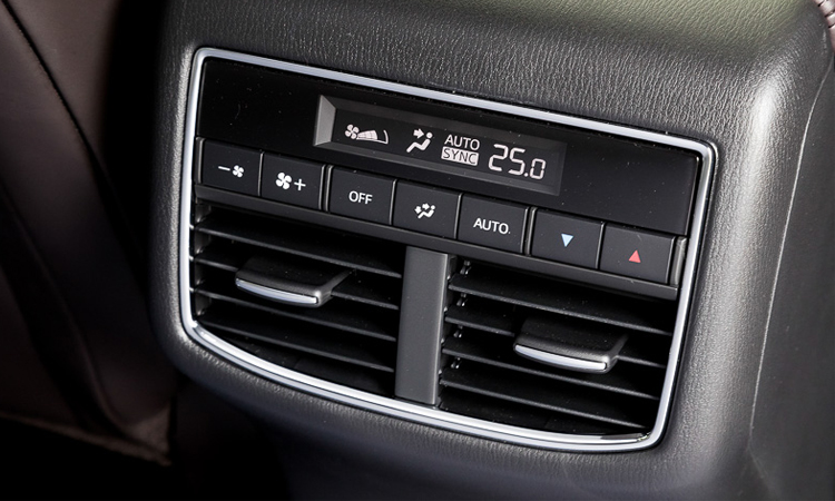 ช่องแอร์ด้านหลัง All NEW Mazda CX-8