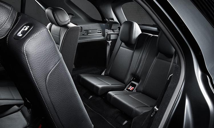 เบาะหลังMercedes-Benz GLE 300d 4MATIC