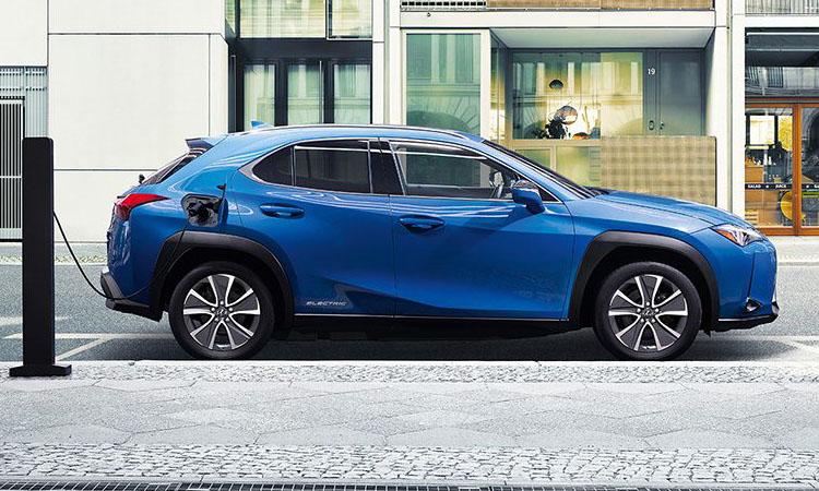 Lexus เผยโฉม Lexus UX 300e รถเอสยูวีพลังงานไฟฟ้าขนาดเล็กรุ่นแรกของค่าย