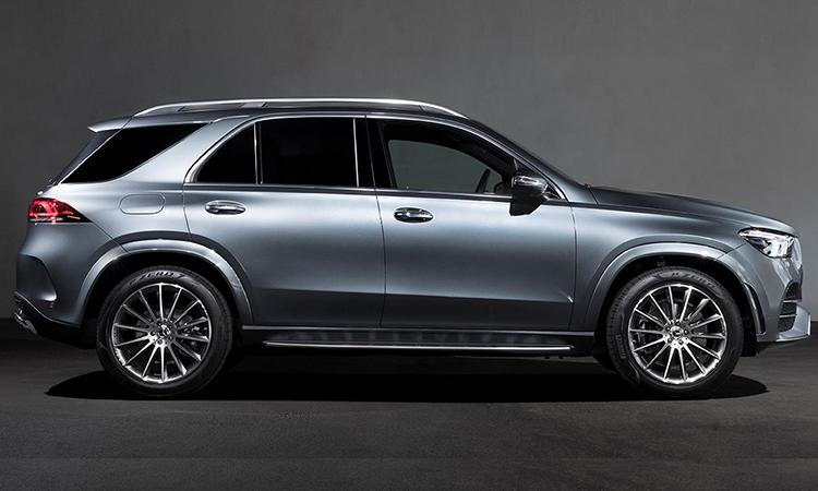 ภานอก Mercedes-Benz GLE 300d 4MATIC