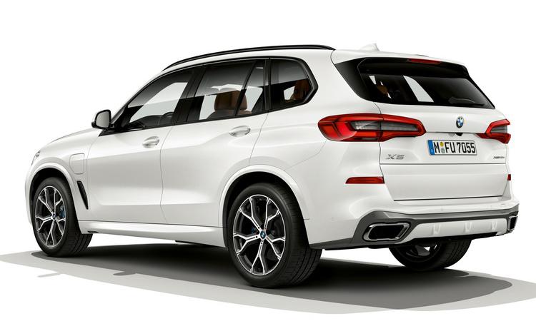 ดีไซน์ BMW X5 xDrive45e (Plug-in Hybrid)