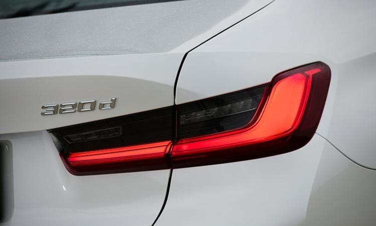 ไฟท้าย All NEW BMW 320d Sport (G20)