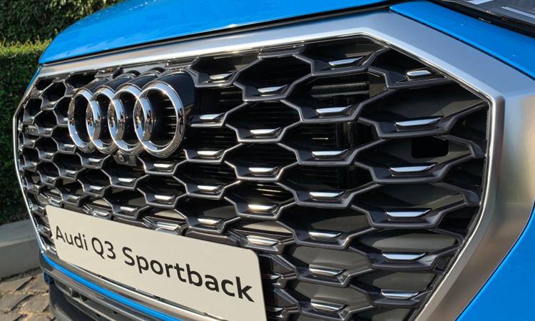 กระจังหน้า Audi Q3 Sportback