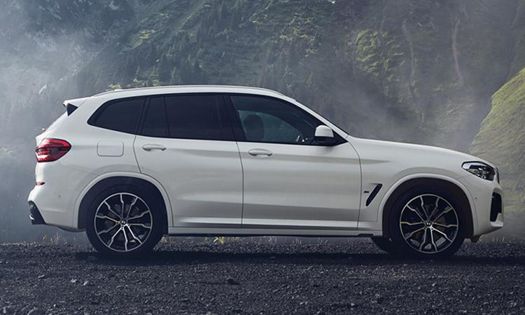 ดีไซน์ BMW X3 xDrive30e