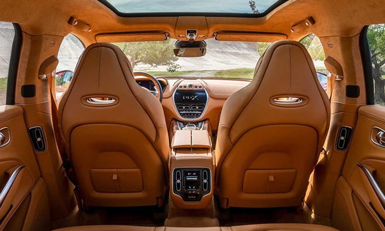 ปล่อยรูปภายในห้องโดยสาร Aston Martin DBX ก่อนเปิดตัววันที่ 20 พฤศจิกายน นี้