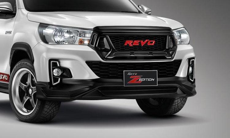 ดีไซน์กระจังหน้า Toyota Hilux Revo
